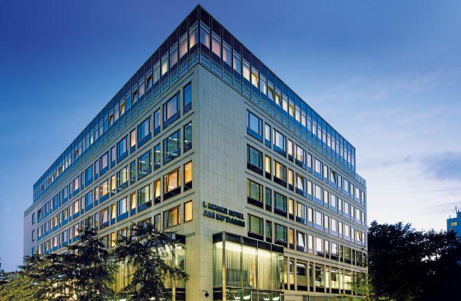Lindner Hotels AG wird offizieller Partner der Deutschen Eishockey Liga