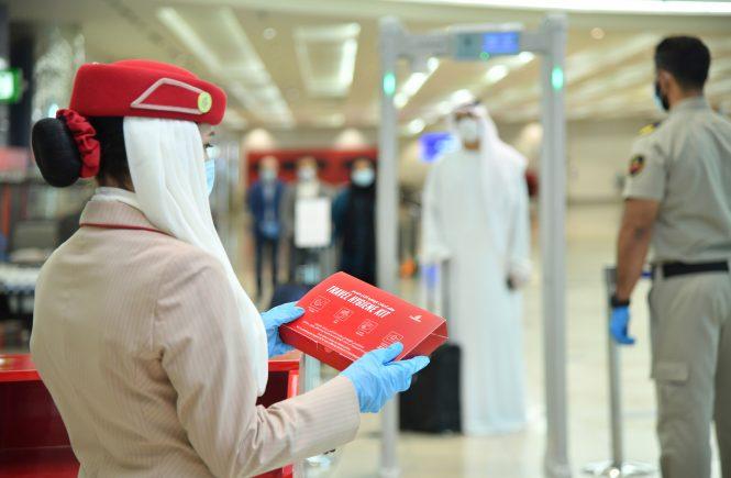 Emirates setzt branchenweit führende Sicherheitsstandards für Passagiere im Zuge der Wiederaufnahme des Flugbetriebs