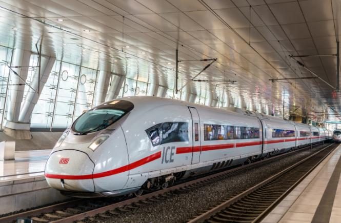 Zusätzliche ICE-Züge in Urlaubsregionen - Deutsche Bahn