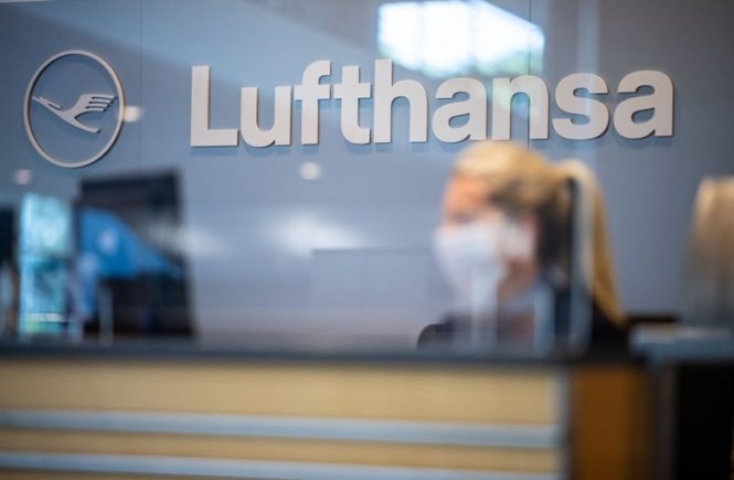 Ticketerstattung: Verbraucherzentrale verklagt Lufthansa
