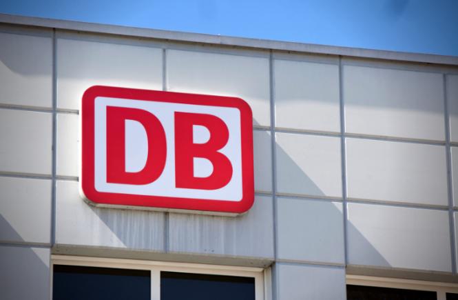 Deutsche Bahn kündigt Probebetrieb mit Wasserstoffzug für 2024 an
