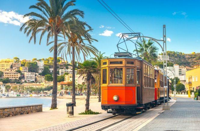 Bauprojekt auf Mallorca: Mit der Tram zum Ballermann