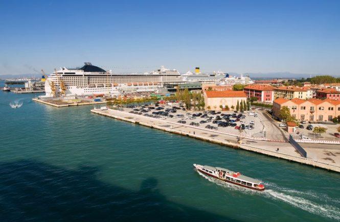 Venedig will Kreuzfahrtschiffe nun endgültig auf Abstand halten
