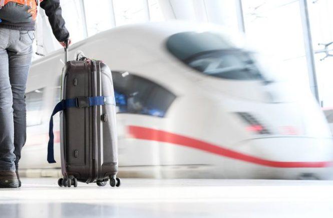 Reisen mit der Bahn weiter am klimafreundlichsten