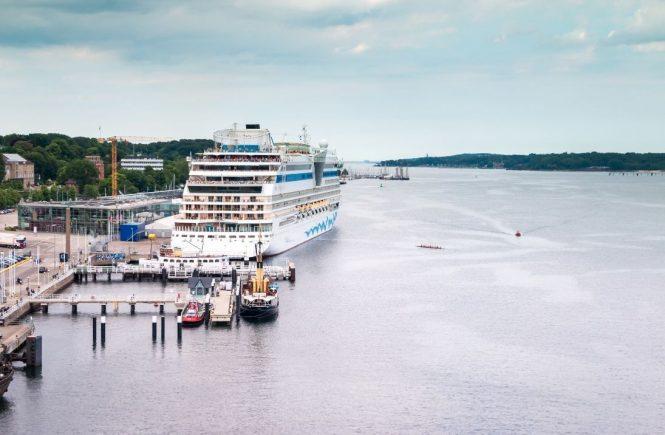 AIDA Cruises und TUI Cruises - Mein Schiff starten mit Kreuzfahrten ab Kiel