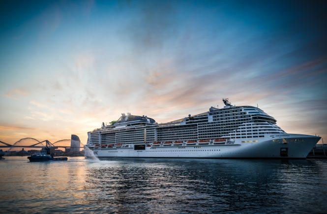 MSC Cruises nimmt als erste internationale Reederei den Kreuzfahrtbetrieb ab Barcelona wieder auf